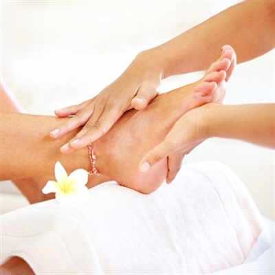 Shellac Pedicure - Stonebriar Spa Frisco, TX